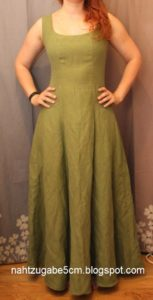 grünes bodenlanges Kleid – Burda Löffelmethode